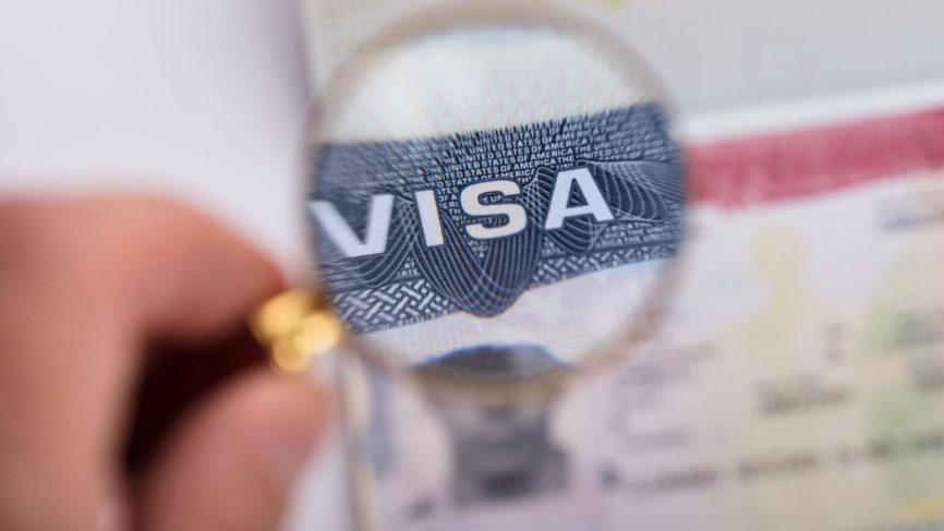 Xin visa du học Mỹ có khó không