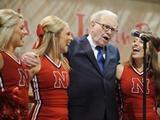 Tiếp bước tỉ phú Warren Buffett học tại Nebraska Lincoln với học bổng hơn 60%