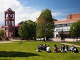 Du học Mỹ tại New York với học phí cạnh tranh của Queens College