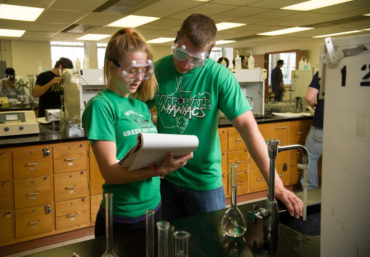 Học bổng du học Mỹ của INTO Đại học Marshall
