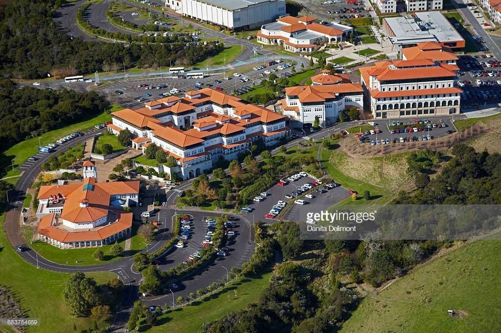 Khuôn viên trường tại Auckland nhìn từ trên cao. Ảnh: Getty Images