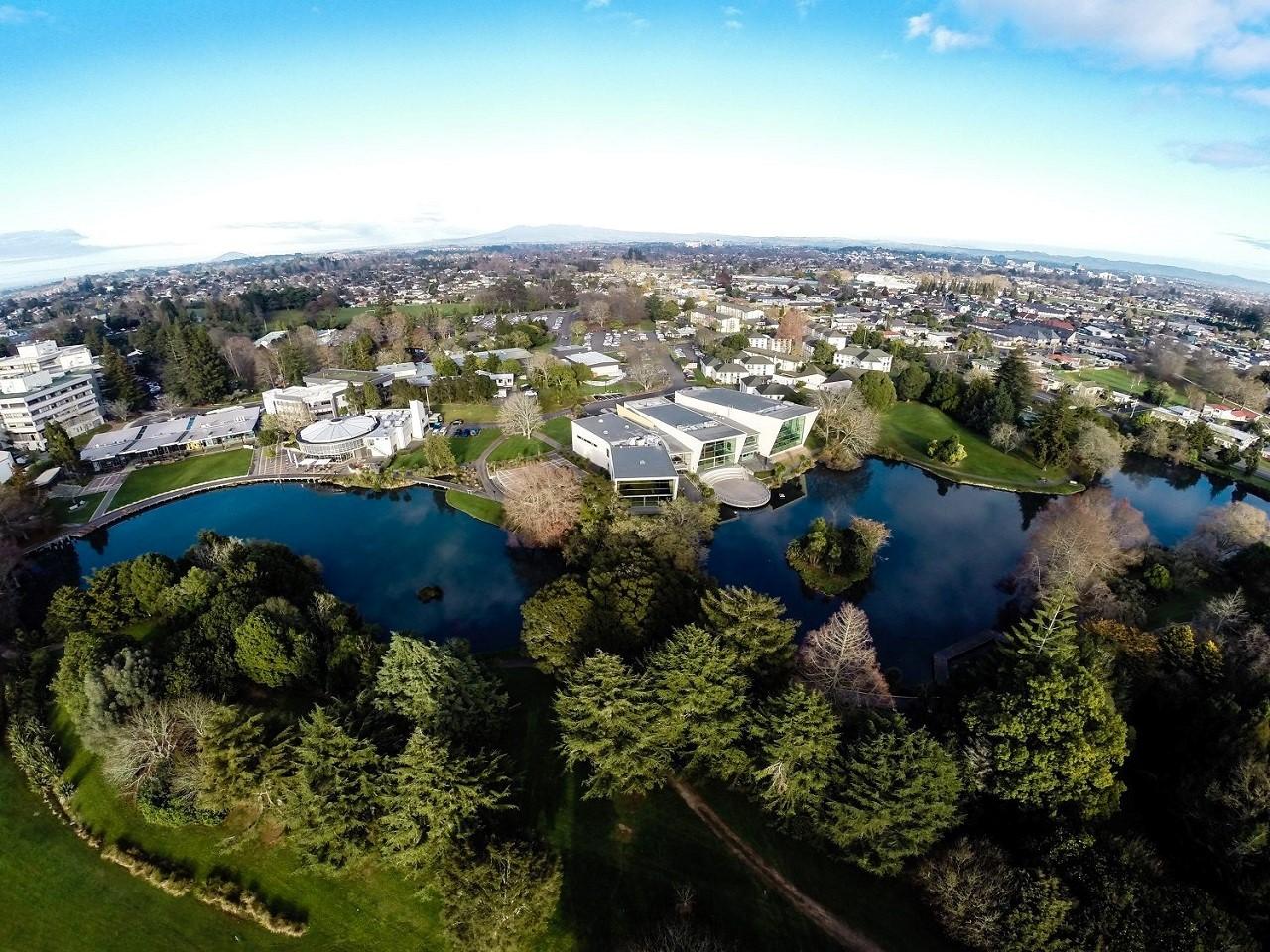 Học bổng du học New Zealand 50% khóa chuyển tiếp vào Đại học Waikato