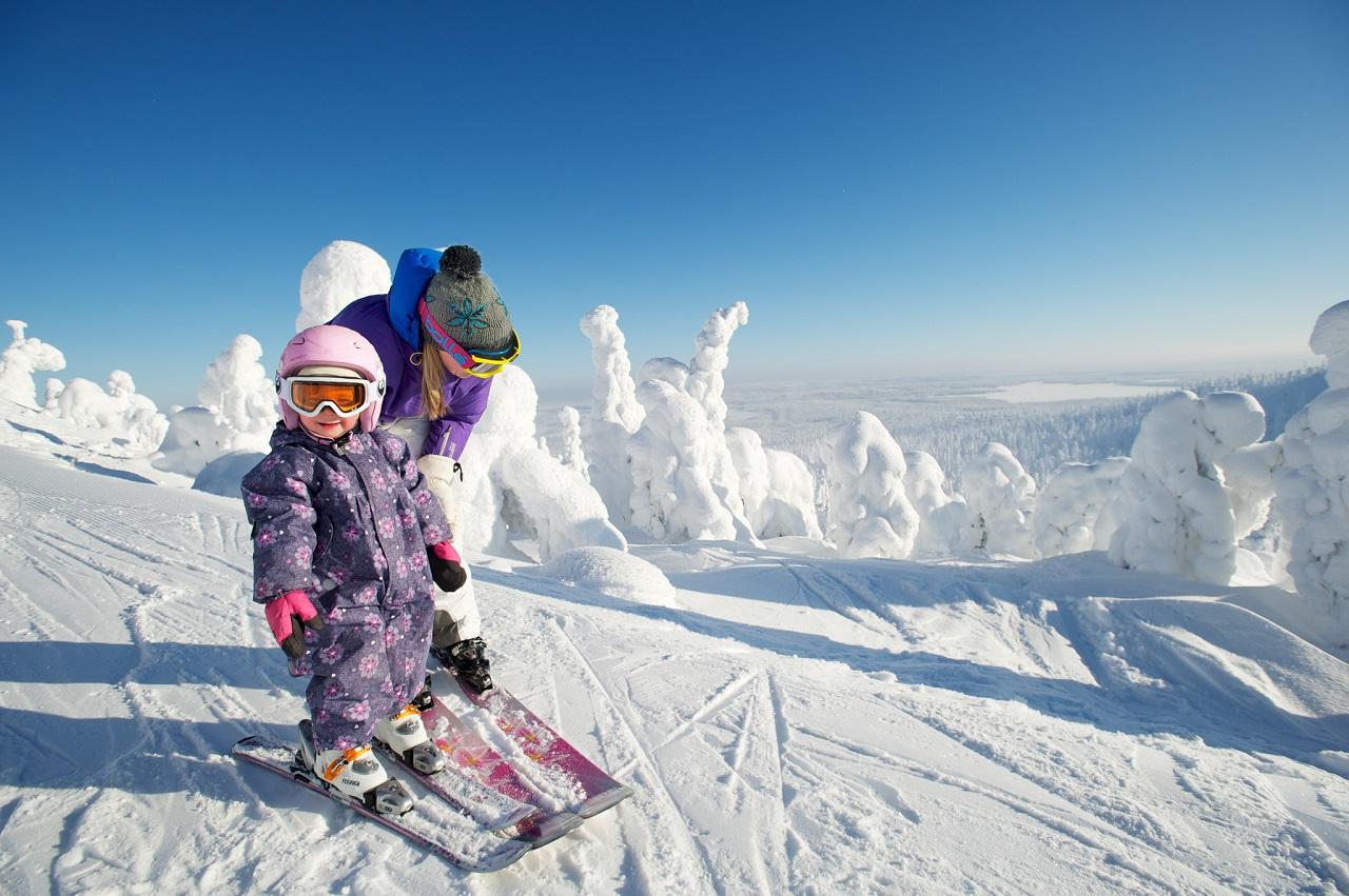 Nhớ thử trượt tuyết khi du học Phần Lan nhé!