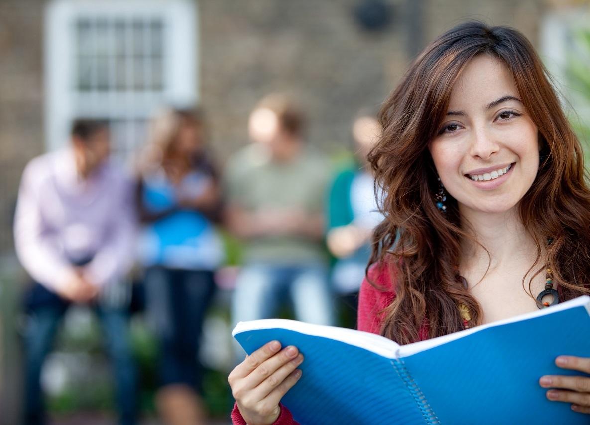 Yêu cầu đầu vào của các trường đại học Phần Lan không quá khó, bạn hãy tự tin thực hiện ước mơ du học Phần Lan nhé