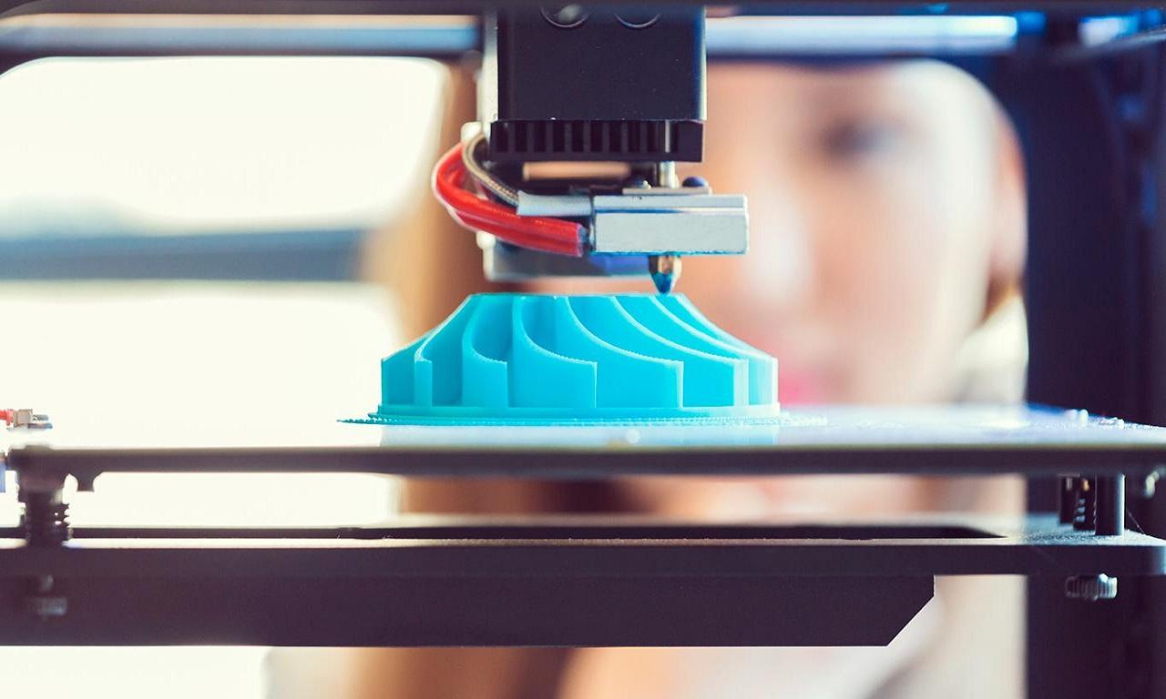 Sinh viên được học phương pháp sản xuất hiện đại như in 3D