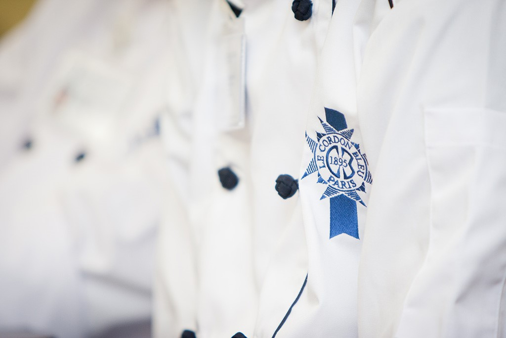 Tốt nghiệp tại Le Cordon Bleu, bạn sẽ trở thành ứng viên nổi bật với kỹ năng làm việc điêu luyện