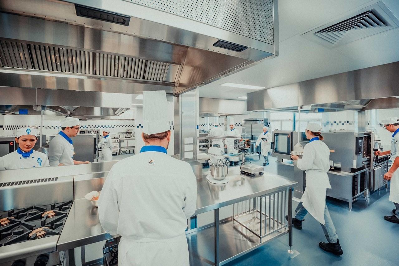 12 tháng thực tập trong các nhà hàng cao cấp khi du học Pháp tại Le Cordon Bleu