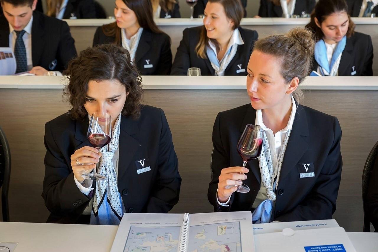 Du học Pháp ngành quản trị khách sạn quốc tế Học viện Vatel