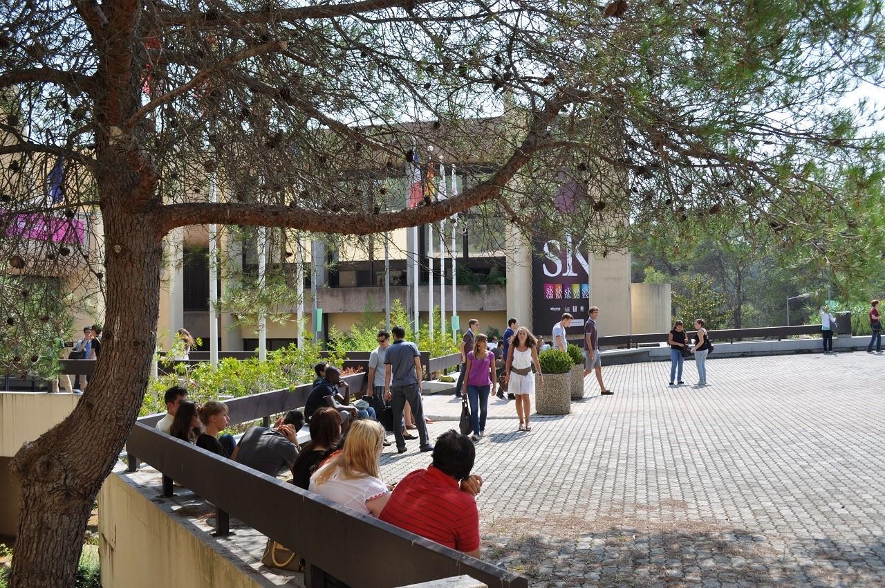 Học bổng du học Pháp ngành kinh doanh trường SKEMA