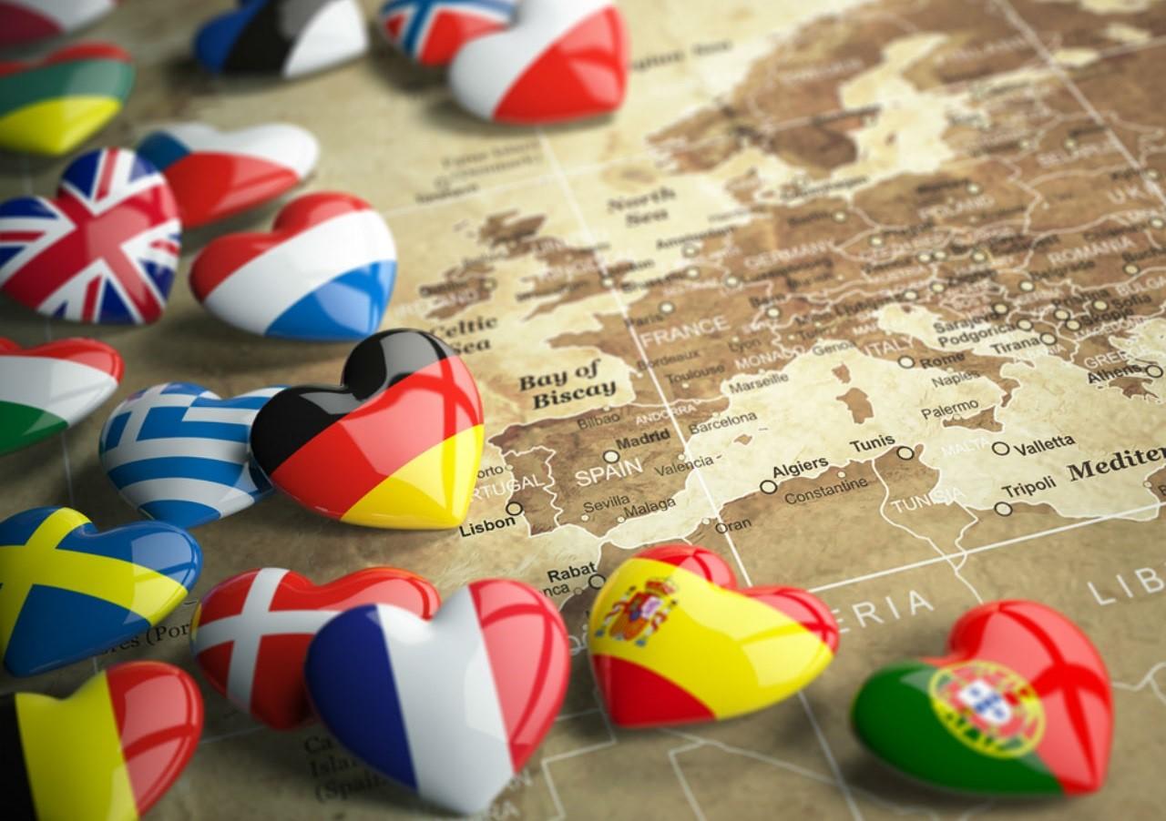 Trau dồi tiếng Pháp hoặc học thêm ngôn ngữ khác giúp bạn nâng cao lợi thế cạnh tranh nghề nghiệp