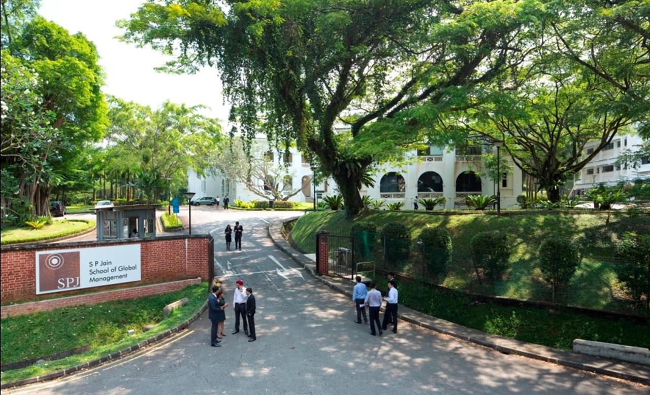 Du học Singapore trường J P Jain