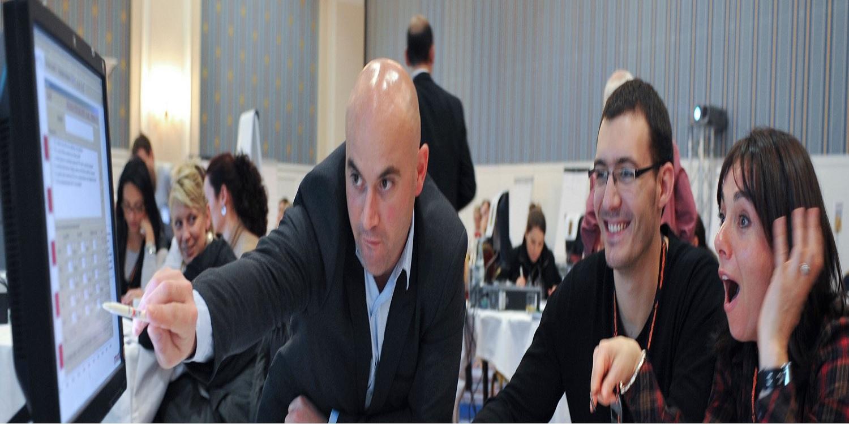 Ứng dụng Mô phỏng kinh doanh tăng trải nghiệm thực tế cho sinh viên trong việc ra quyết định kinh doanh