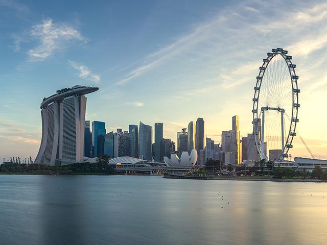 Singapore ngăn chặn dịch Covid-19