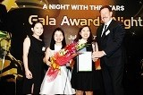 INEC nhận giải Best Agent của Đại học Curtin Singapore