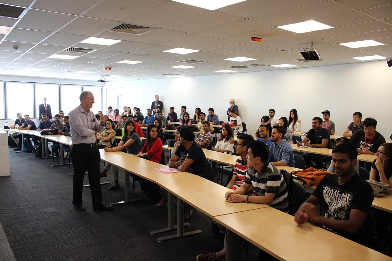 Đại học James Cook giữ vững vị trí top đầu thế giới về chất lượng giảng viên và chương trình đào tạo