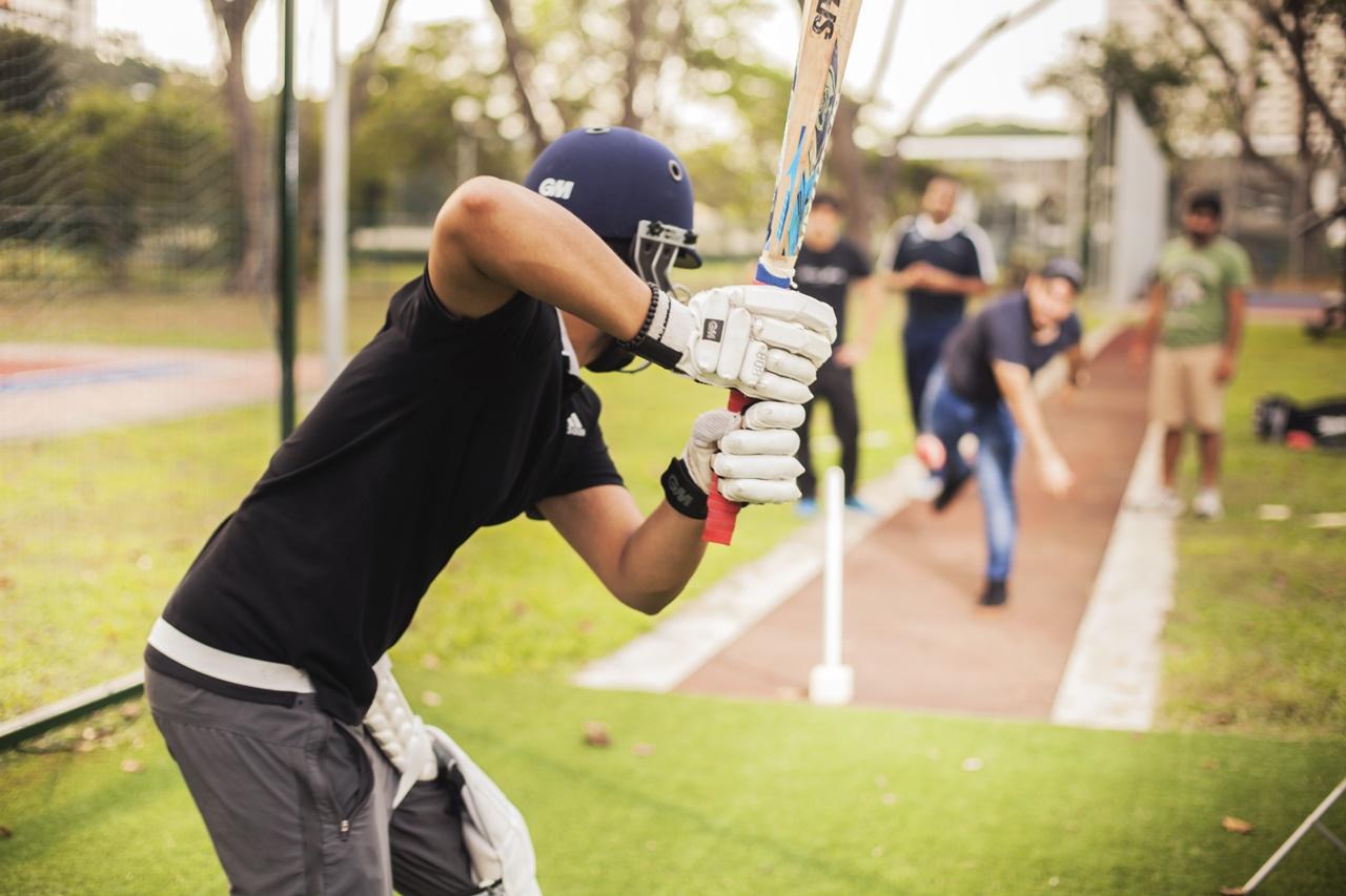Sinh viên James Cook Singapore chơi thể thao