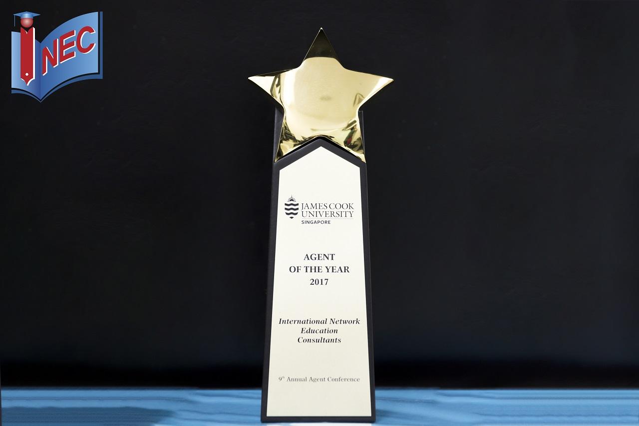 Cận cảnh giải thưởng của INEC