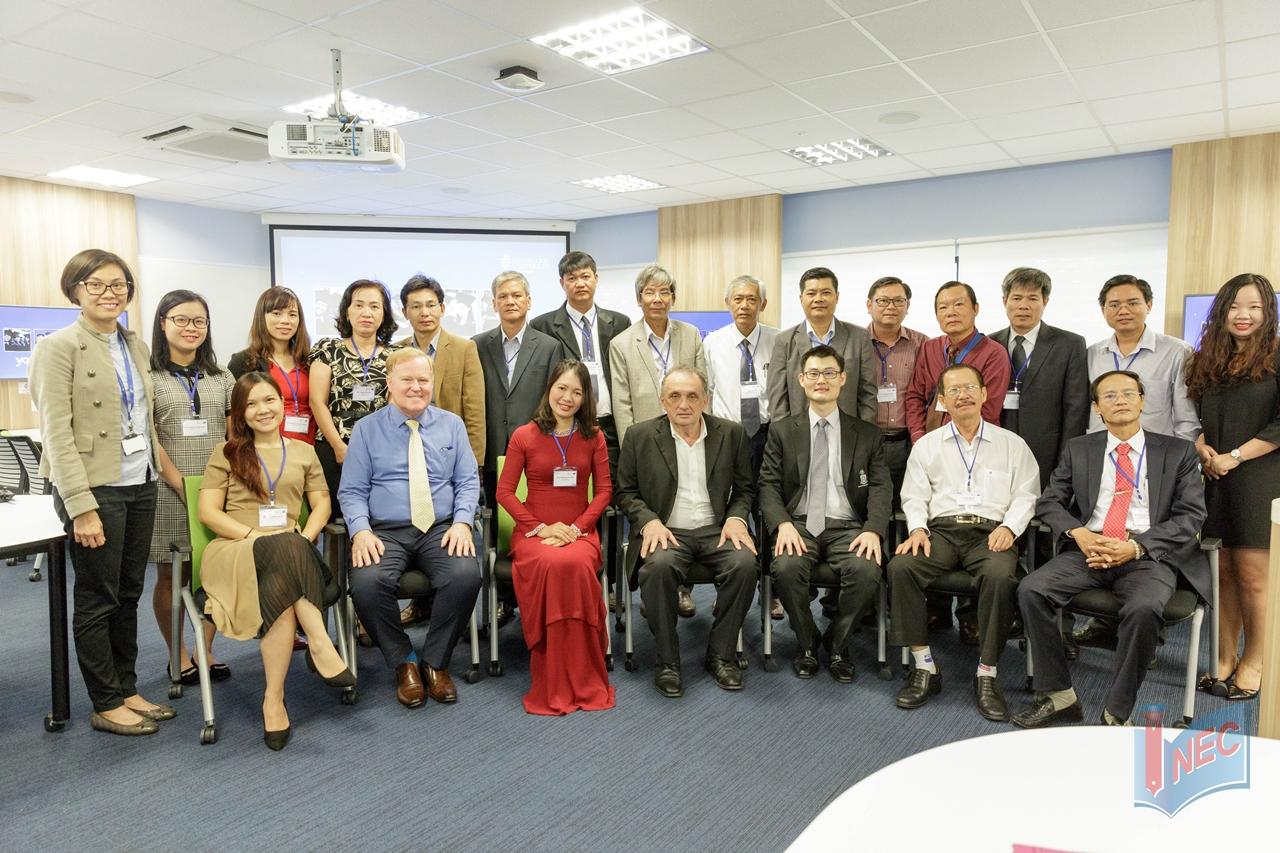 INEC tháp tùng đoàn đại biểu các trường THPT thăm Singapore trong đó có trường JCU Singapore