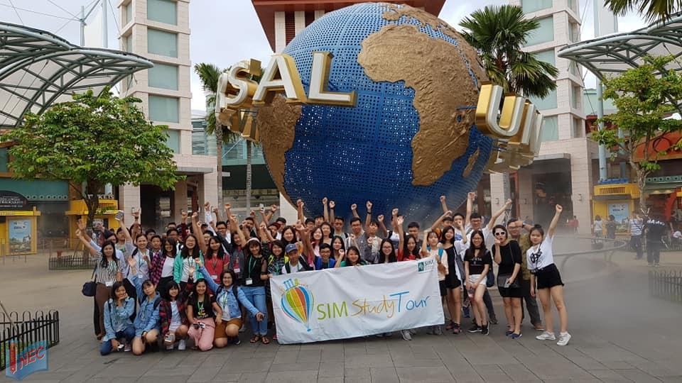 Bạn sẽ có cơ hội khám phá thêm về nền giáo dục và đất nước Singapore trong chuyến du học hè SIM Study Tour