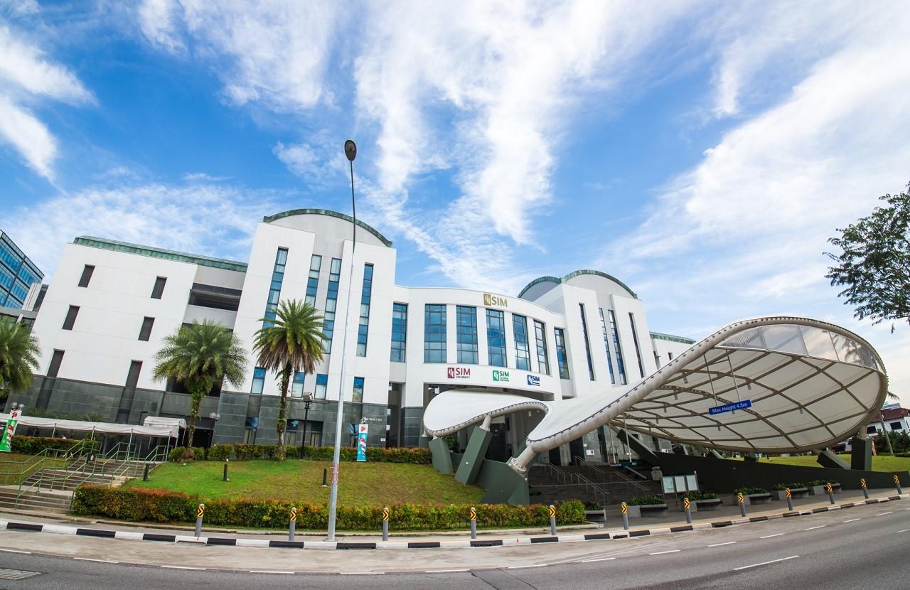 Tập đoàn Giáo dục SIM 7 năm liền được đánh giá tốt nhất Singapore cho chất lượng