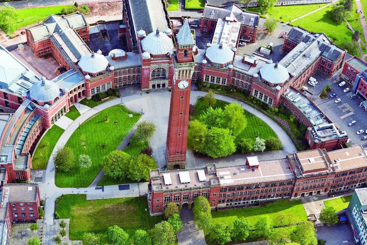 chương trình của Đại học Birmingham tại học viện SIM 2