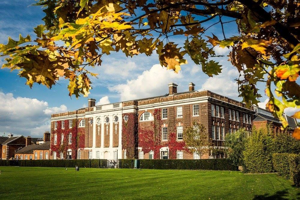 Chương trình đào tạo chuẩn mực của Đại học London (Anh) tại Singapore 6