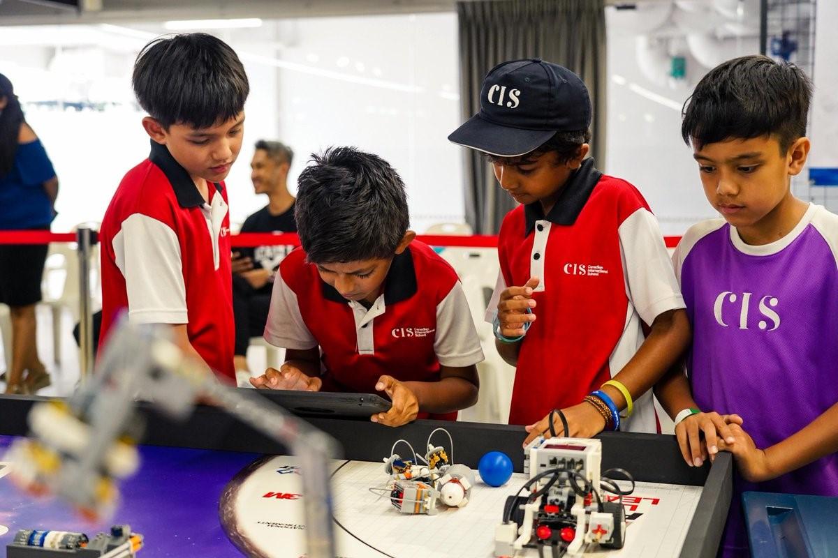 Giáo dục Singapore tạo điều kiện tối đa để học sinh thể hiện bản thân