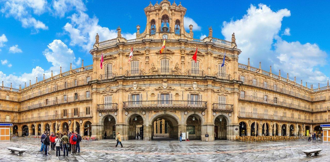 Salamanca – một trong những thành phố có chi phí sinh hoạt dễ chịu nhất Tây Ban Nha