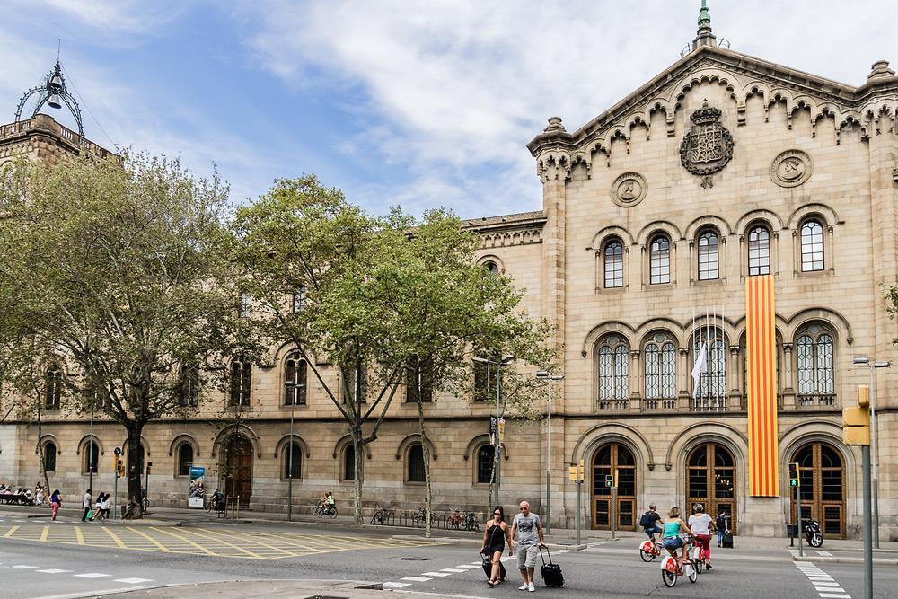 tuyển sinh du học Tây Ban Nha 2018