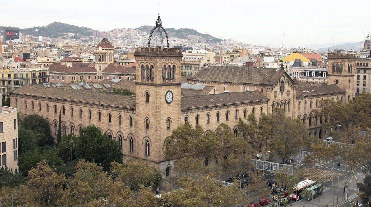 Đại học Bacerlona