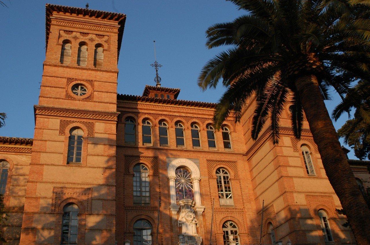 ĐH Granada