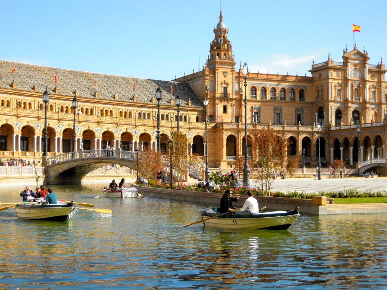 Kiến trúc đặc sắc của Tây Ban Nha