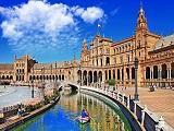 Theo chân cha đẻ 'Mật mã Da Vinci' du học Tây Ban Nha tại Seville