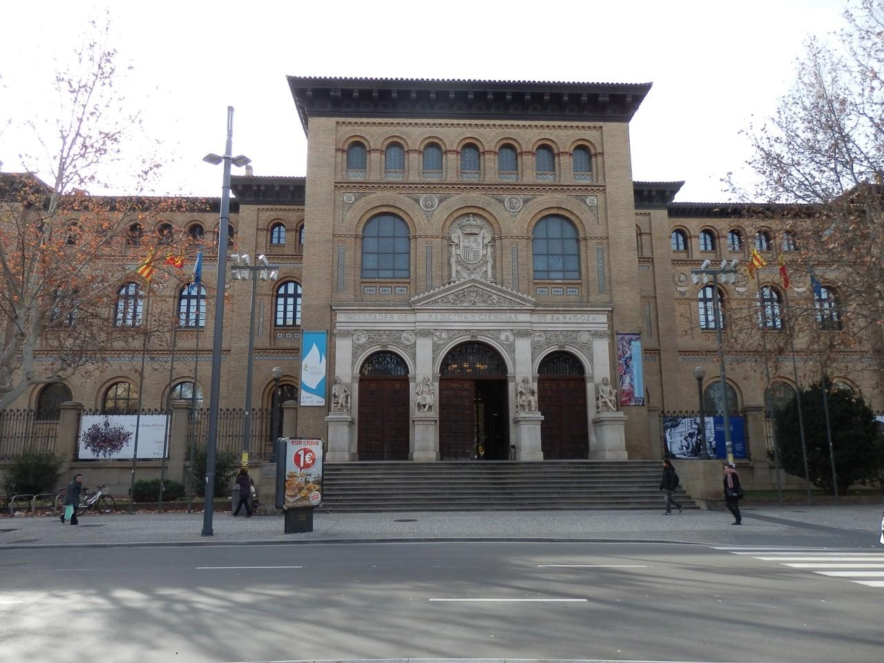 Đại học Zaragoza
