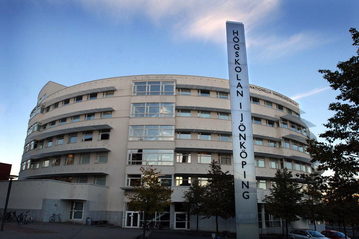 Đại học Jonkoping thu hút hơn 10.000 học sinh du học Thụy Điển mỗi năm
