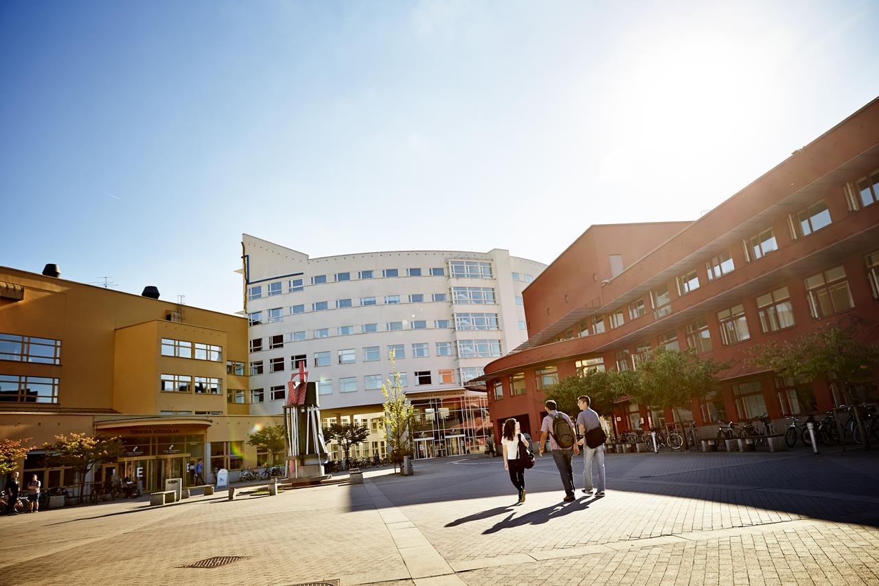 Đại học Jonkoping