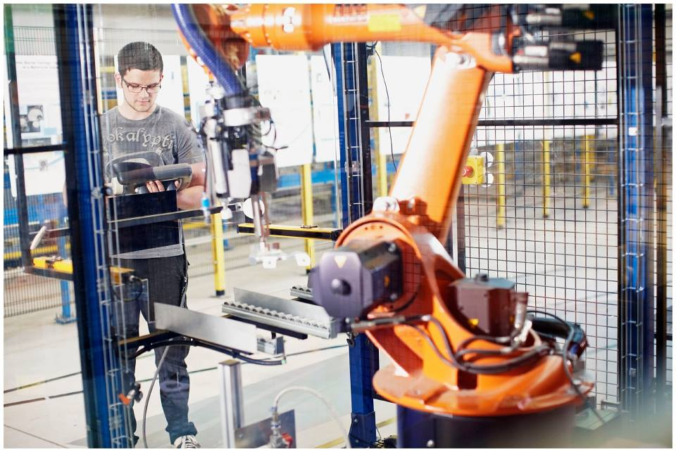 Đại học West có thế mạnh đào tạo nhóm ngành kỹ thuật