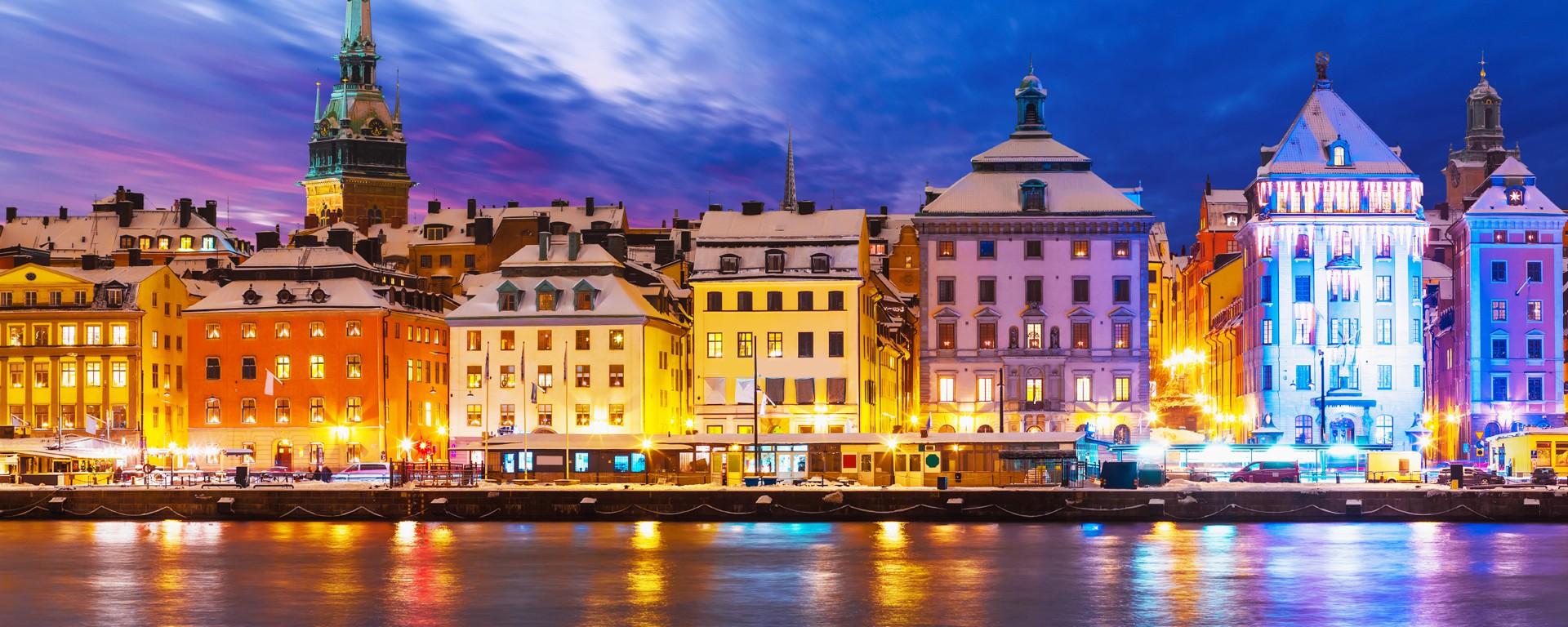 Thành phố Trollhättan rực rỡ về đêm