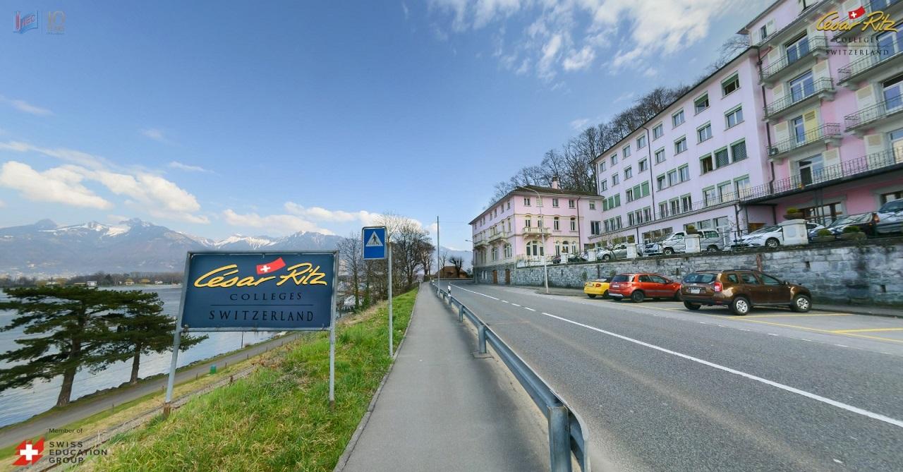 César Ritz cơ sở Le Bouveret có tầm nhìn hướng ra hồ Geneva