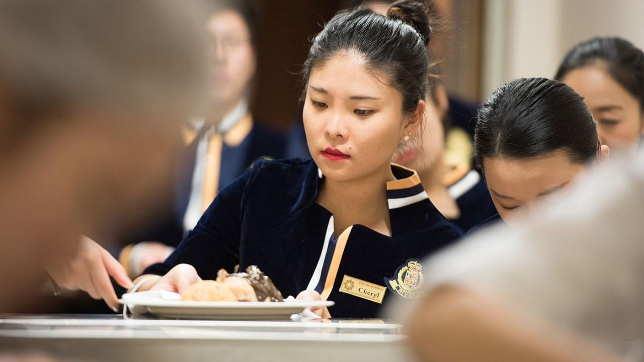 Du học thạc sĩ tại Thụy Sĩ: Chương trình quản trị nhà hàng khách sạn, resort, spa