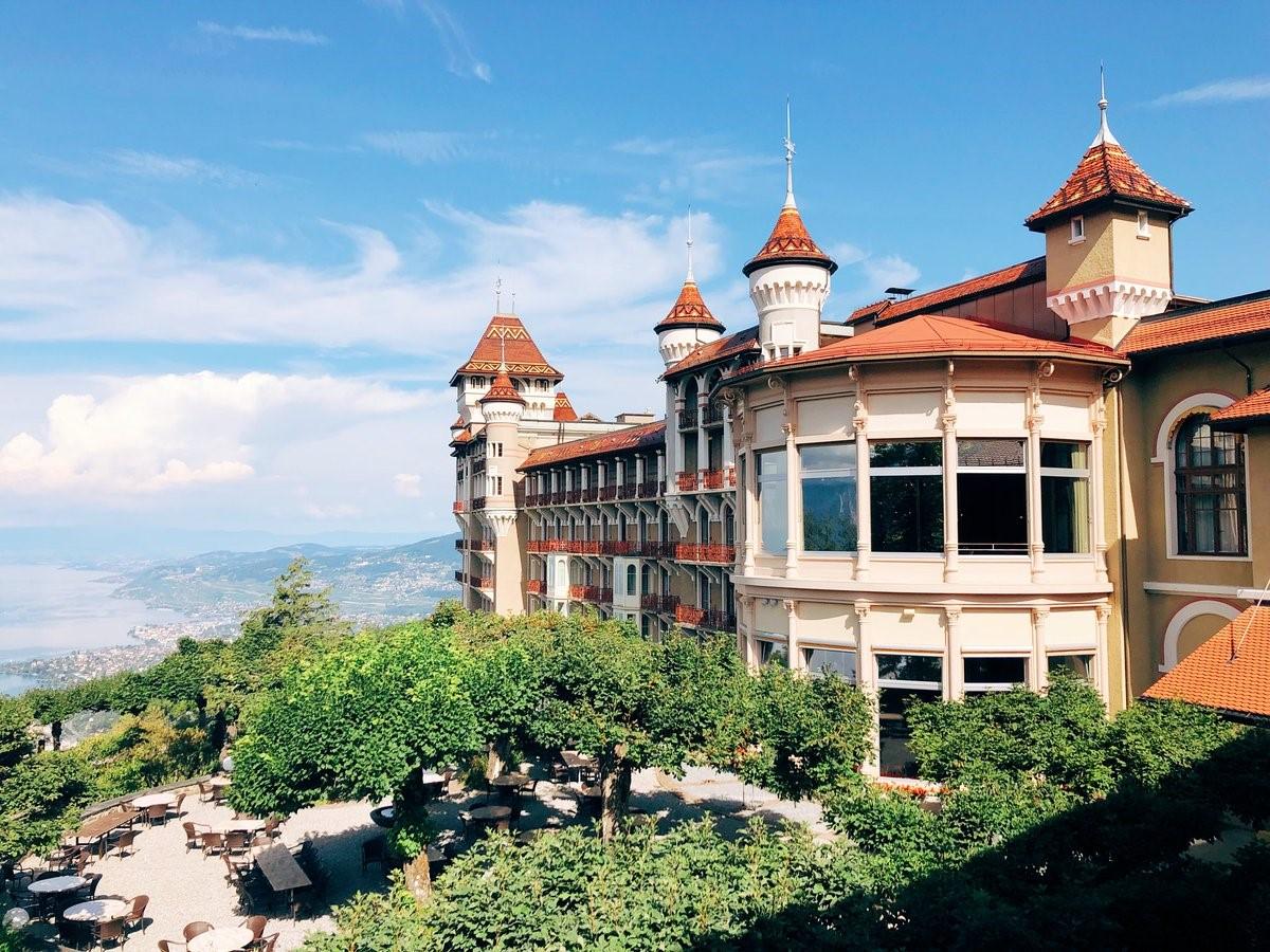 Học bổng du học Thụy Sĩ đến 20% từ trường khách sạn SHMS