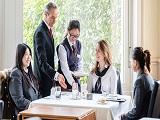 Chương trình cử nhân quản trị nhà hàng khách sạn tại Học viện HIM
