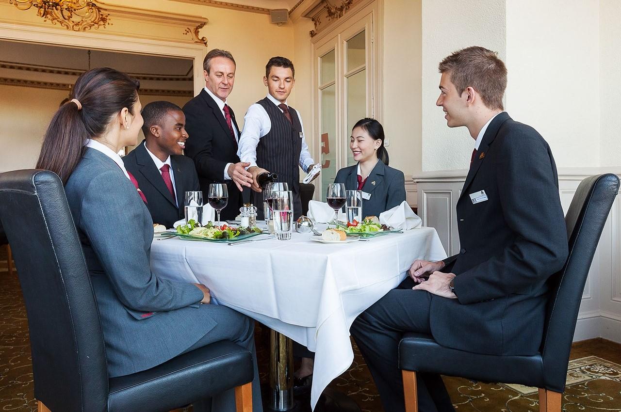 Học bổng du học Thụy Sĩ 2019 ngành nhà hàng khách sạn