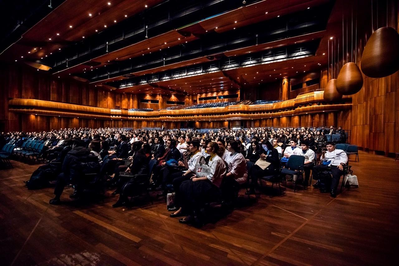 Diễn đàn Tuyển dụng Quốc tế Swiss Education Group 1