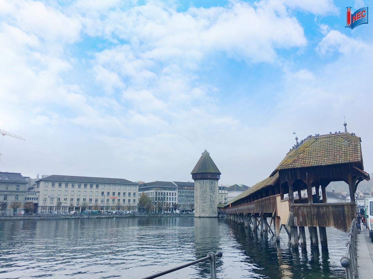 Cầu gỗ Kapellbrücke