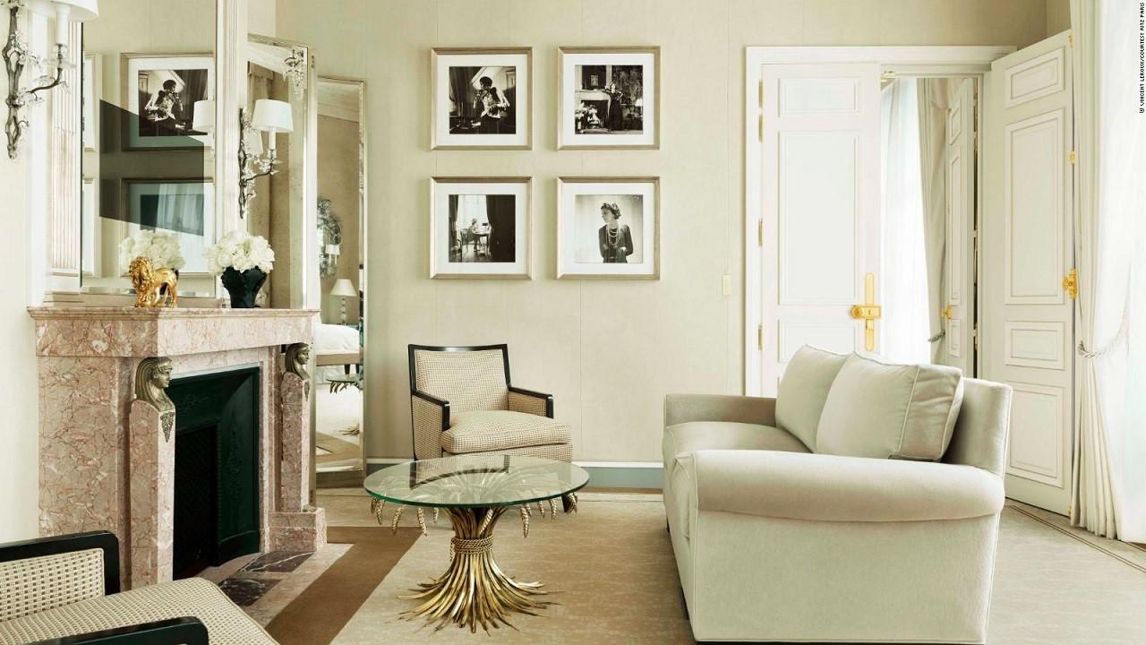 Thiết kế phòng suite dựa trên phong cách thời trang kinh điển của Coco Chanel tại Khách sạn Ritz-Paris