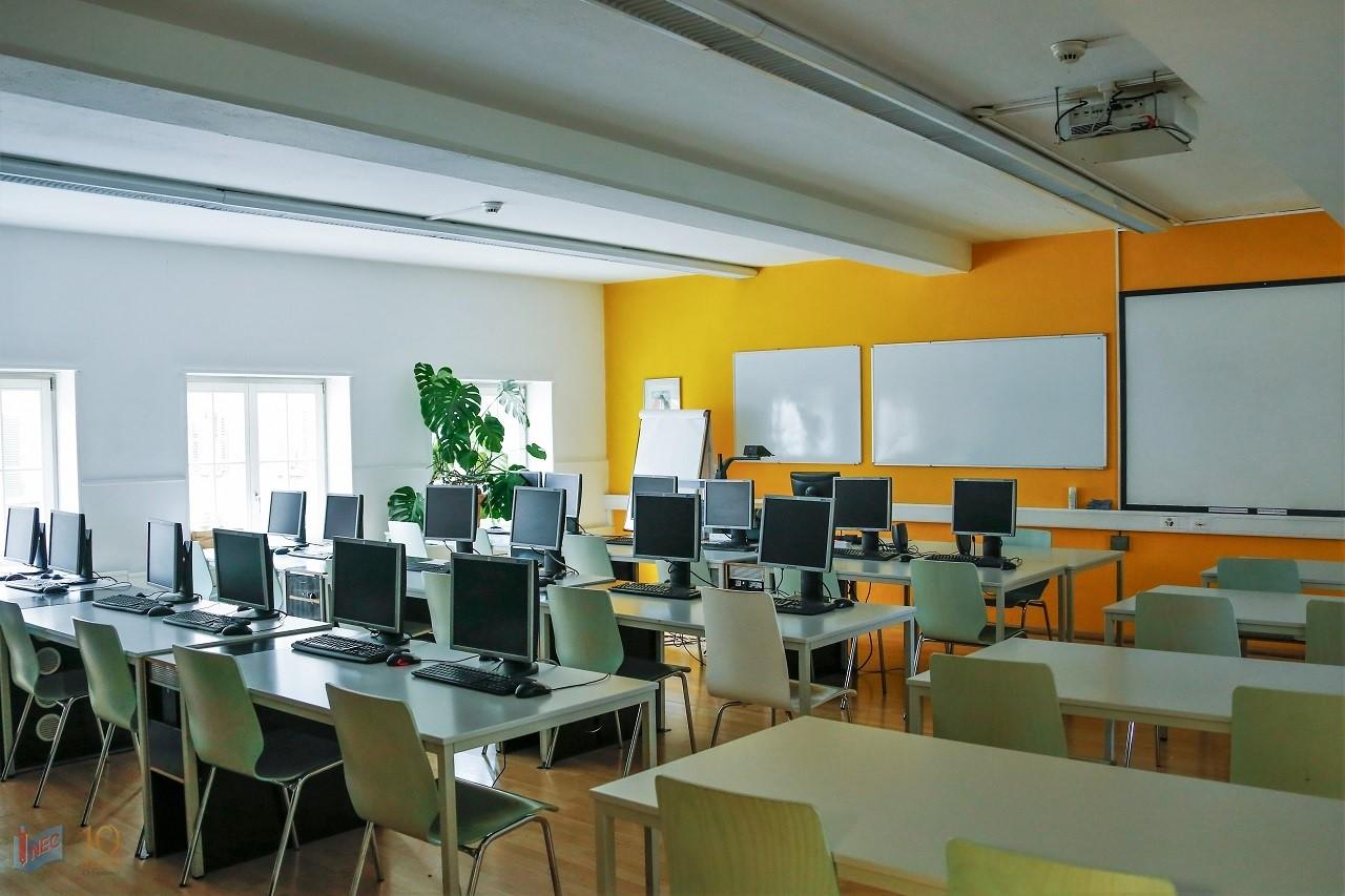Một góc học tập bên trong trường BHMS