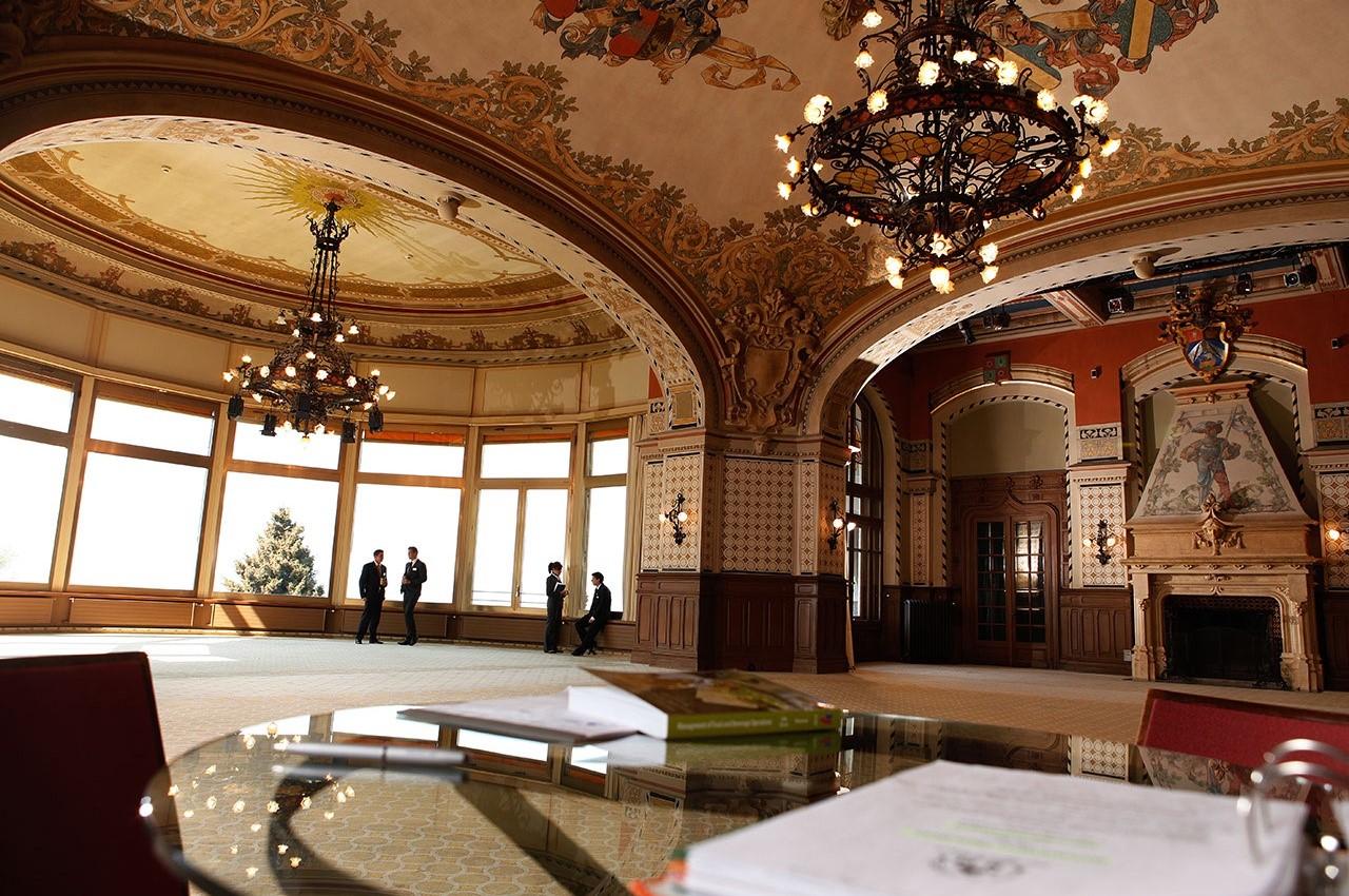 Bên trong SHMS – Trường Quản lý Khách sạn hàng đầu Thụy Sĩ