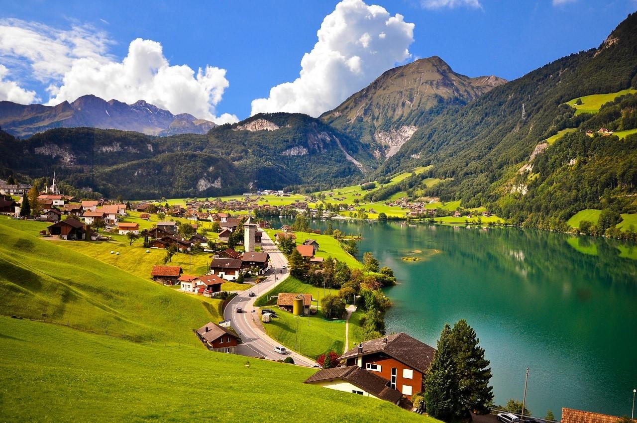 Thụy Sĩ – Quốc gia có thế mạnh về ngành Du lịch – Nhà hàng khách sạn