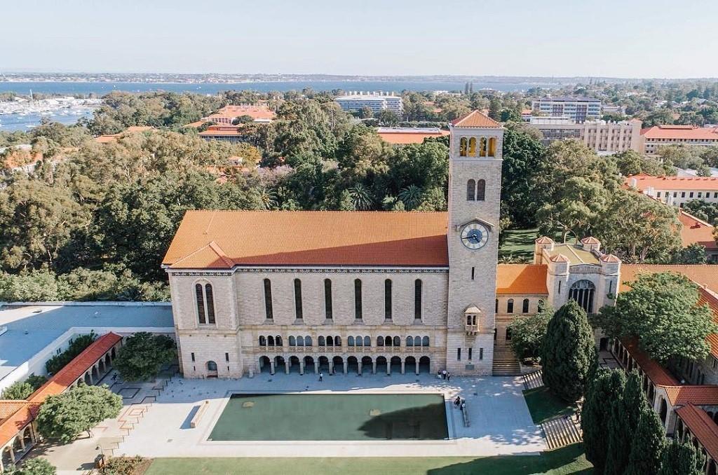 Học bổng các chương trình chuyển tiếp vào top 8 đại học Úc và New Zealand 2